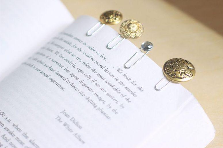 DIY refined button bookmarks (via cutediys)