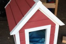 DIY classic red dog house