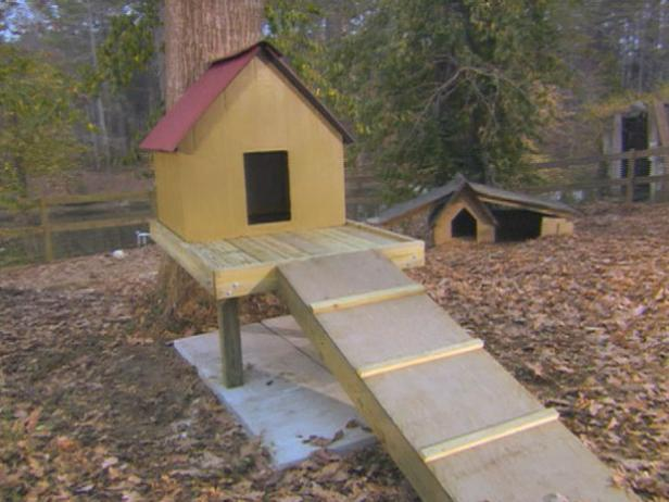Dog Houses And Shelters : Creative diy dog house ideas to build shelterness