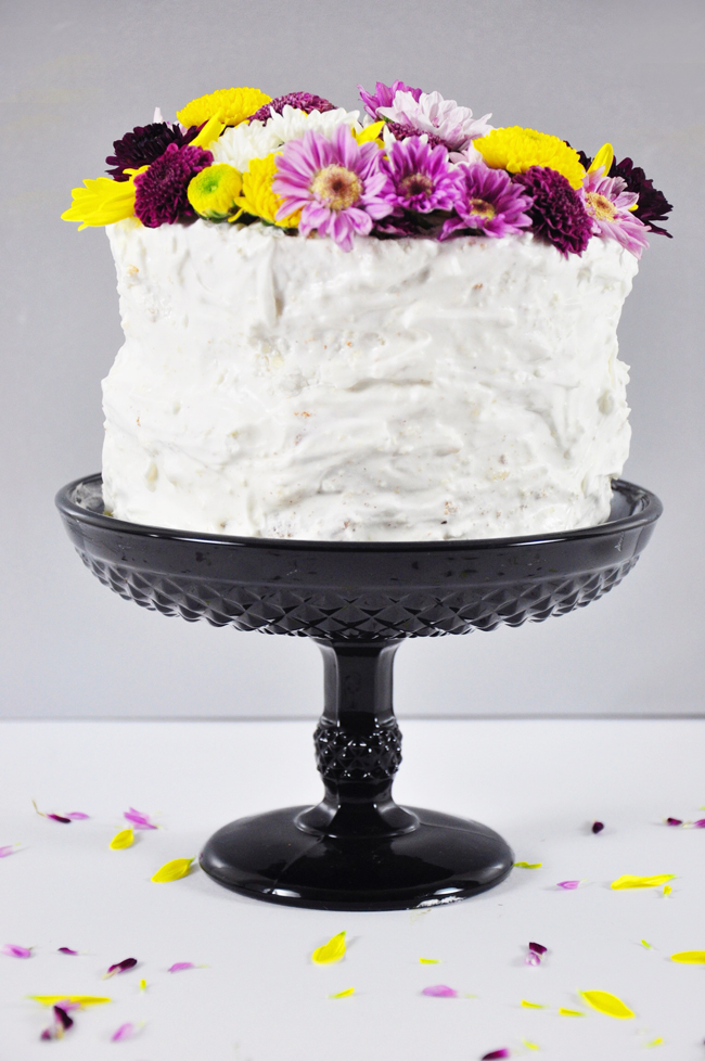 DIY summer flowers cake top
