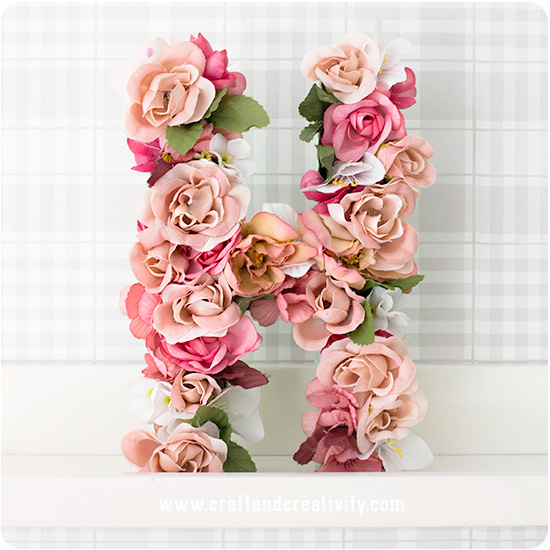 DIY fresh flower letters (via craftandcreativity.com)