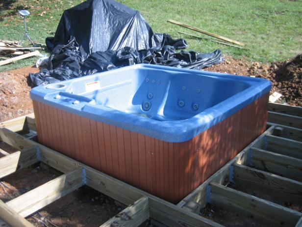 9 diy outdoor hot tubs you can build yourself shelterness for How do you build a deck yourself
