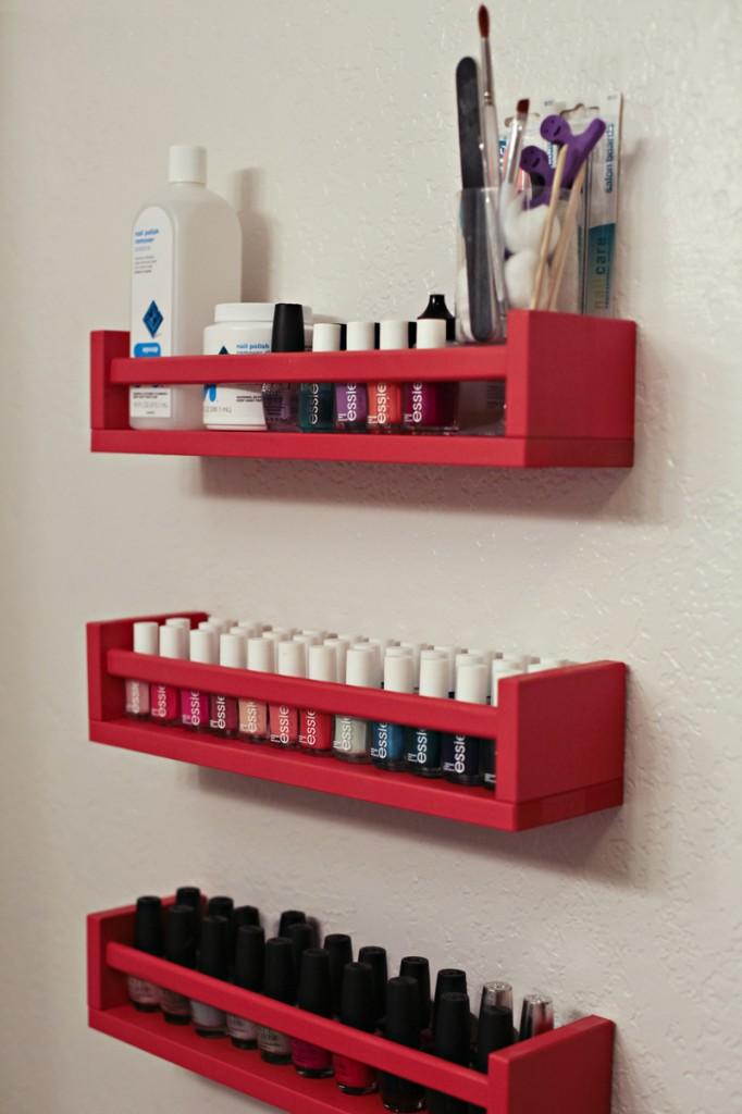 DIY Bekvam nail polish rack (via www.thismomsgonnasnap.com)