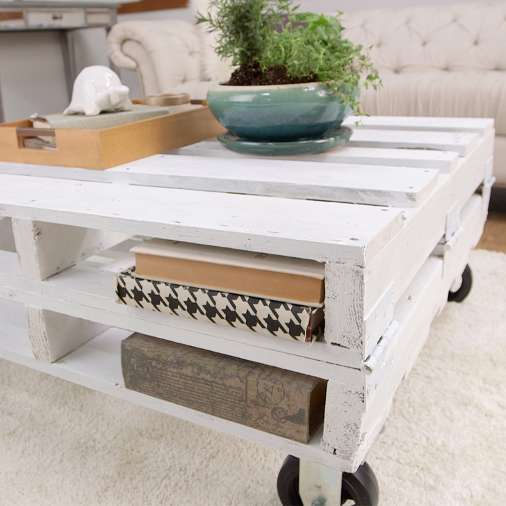 11 DIY Pallet Coffee Tables For Any Interior Shelterness