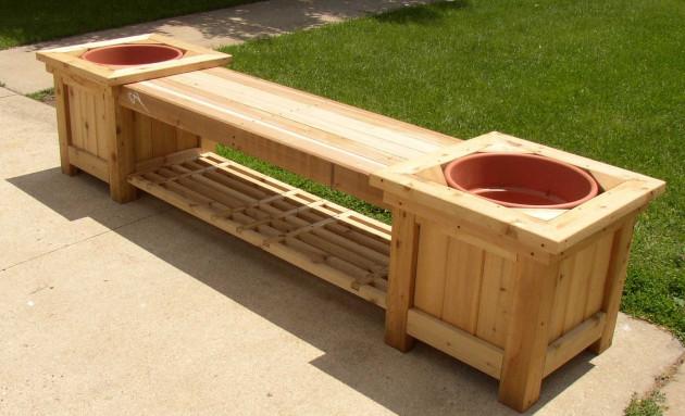 DIY wooden planter bench (via woodworkings)