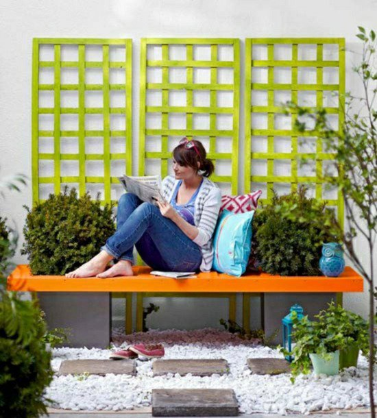 DIY bold planter wooden bench (via minimalisti)