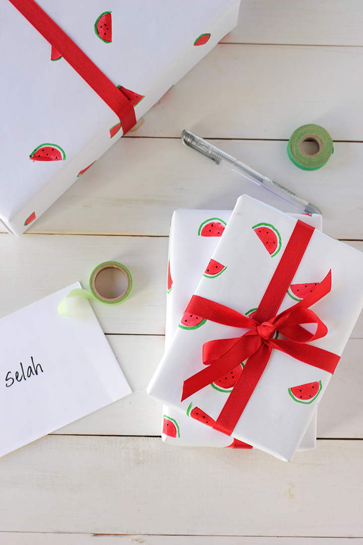 DIY watermelon wrapping paper (via aliceandlois)