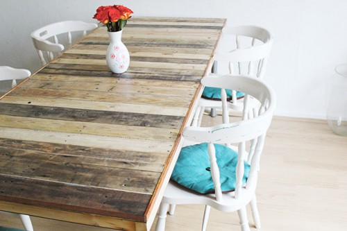 DIY pallet dining table with a rustic touch (via www.shelterness.com)