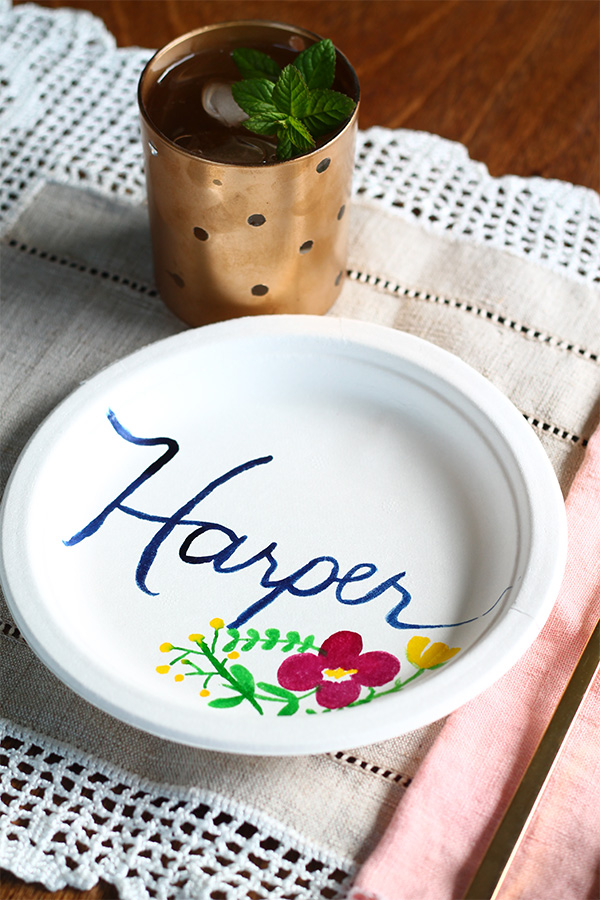 DIY paper plates decorated with food coloring (via squirrellyminds)