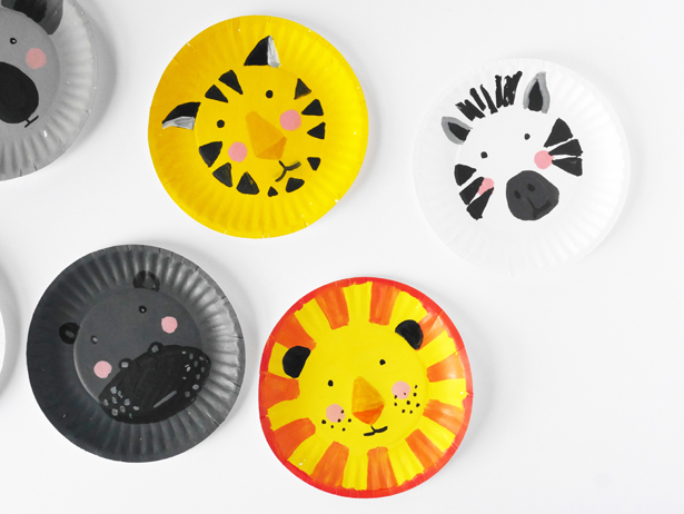 DIY paper plate animal faces (via hellowonderful)