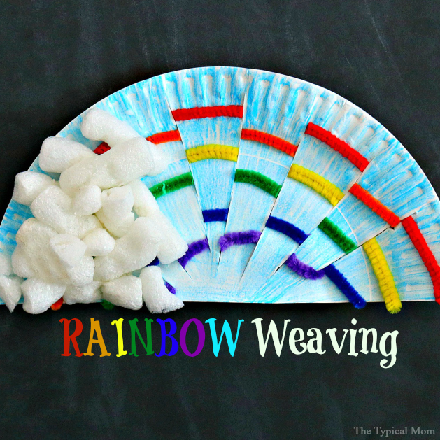 DIY paper plate rainbow weaving art (via temeculablogs)