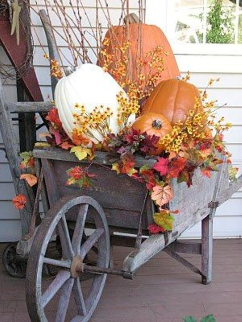trolley with silk leaves and pumpkins
