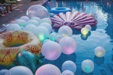 03 balloons with lights inside and floats