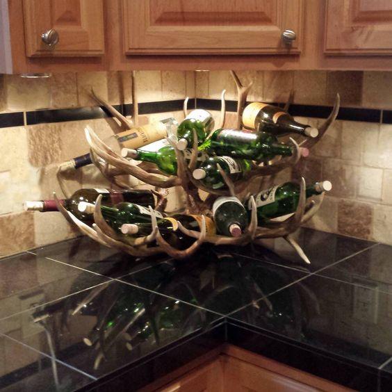 28 Cool Ways To Use Antlers In Home Décor