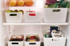 14 plastic containers with comfy handles