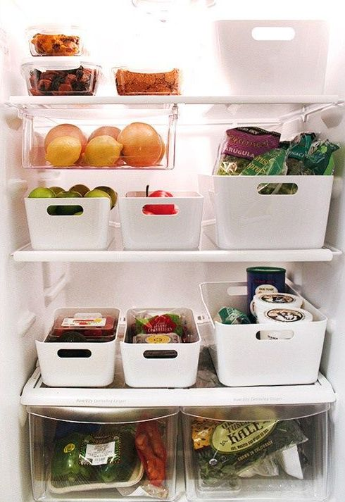 plastic containers with comfy handles