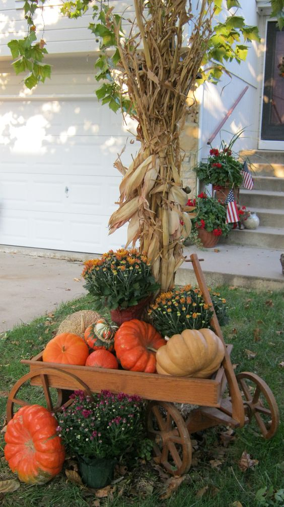 Rustic chic corn husks décor ideas for fall shelterness