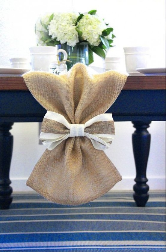 burlap bow table runner