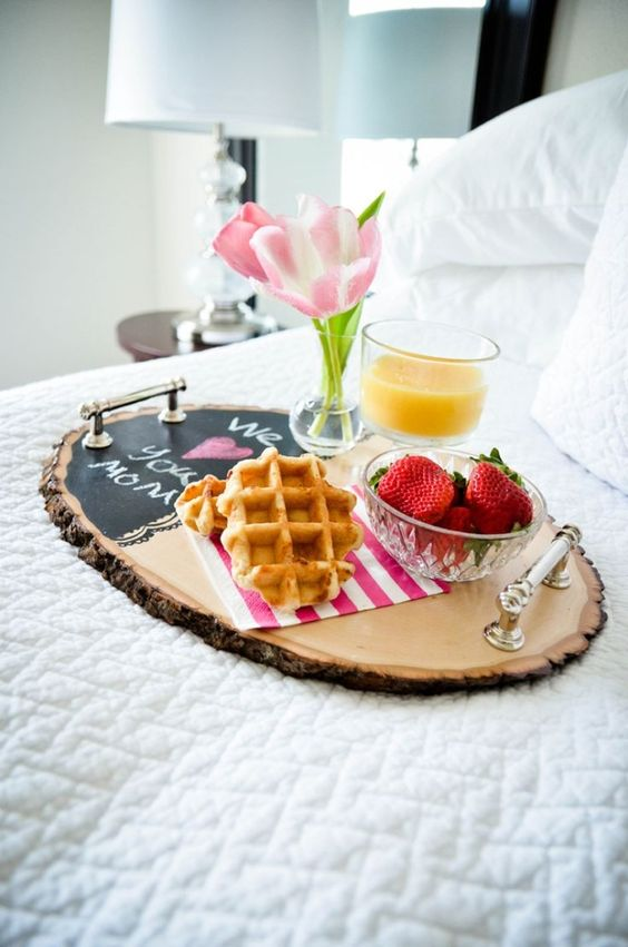 large wood slice breakfast tray