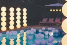 24 light columns for a pool party
