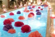 25 pompoms of plastic table cloths for a pool