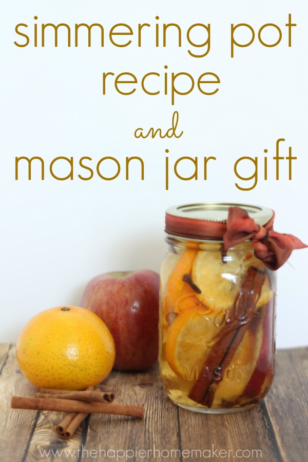DIY fall simmering pot in a mason jar (via www.thehappierhomemaker.com)