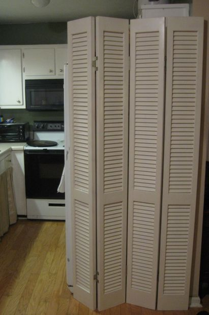 Louvered Room Dividers White