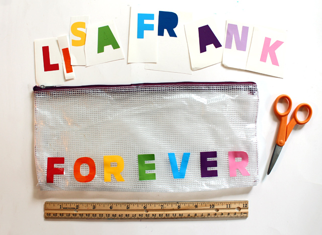 DIY pencil bag with vinyl letters (via www.punkprojects.com)