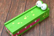 DIY alligator pencil case