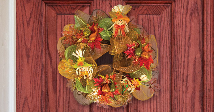 DIY scarecrow deco mesh wreath (via blog.dollartree.com)