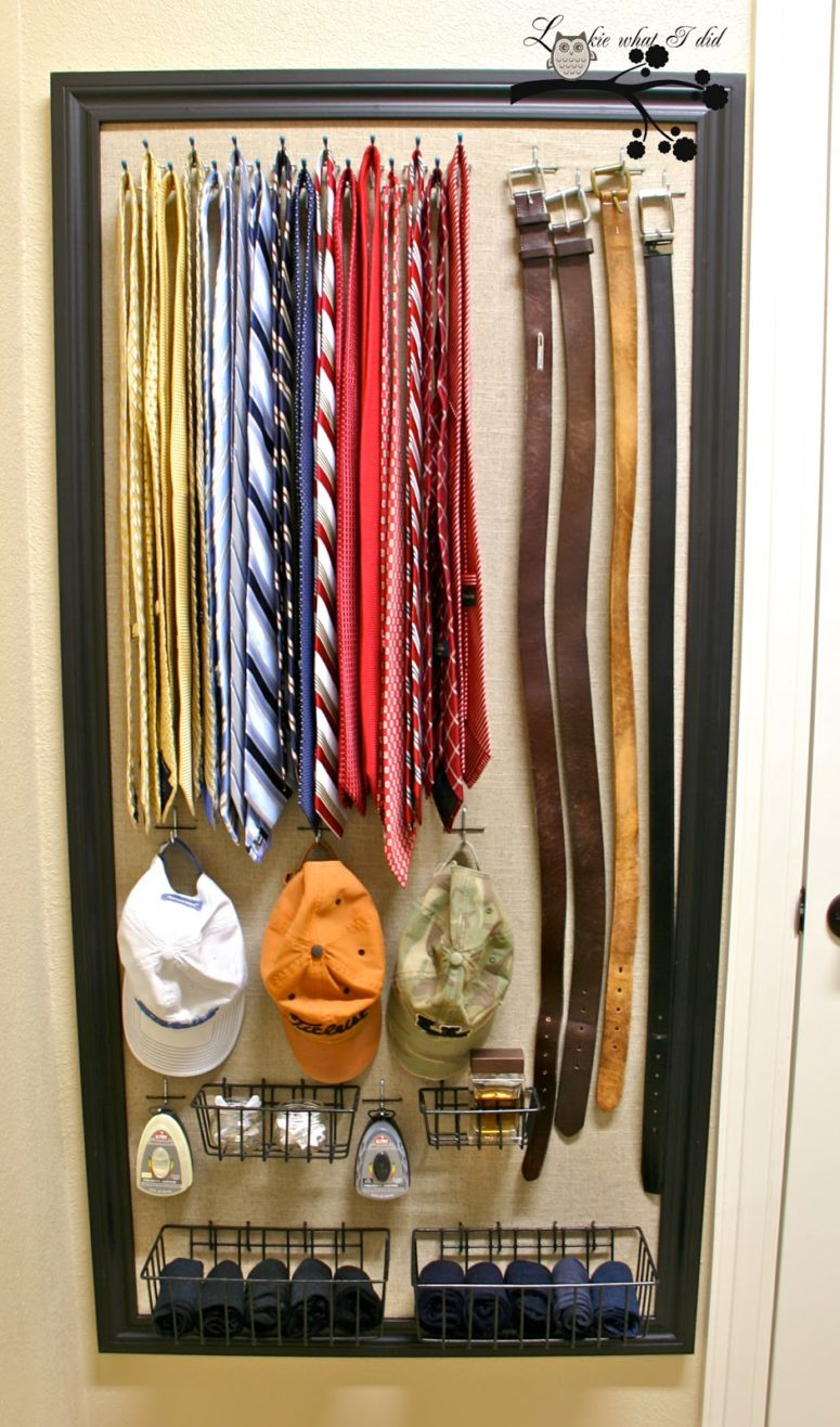 DIY men accessories organizer using a pegboard (via lookiewhatidid.blogspot.ru)