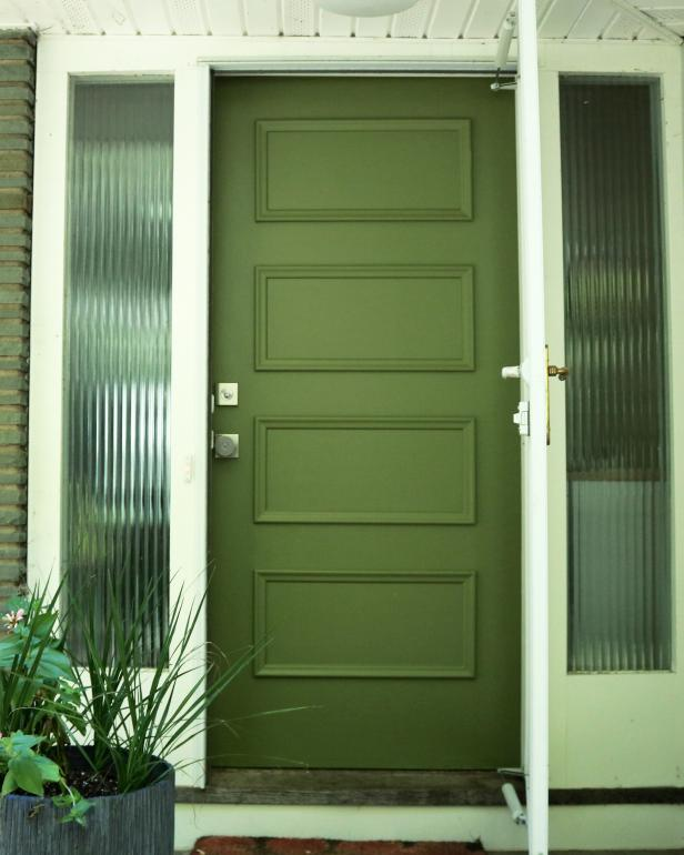 How to paint a front door without removing it (via www.diynetwork.com)