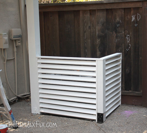 DIY outdoor AC screen made of louvers (via www.thekimsixfix.com)