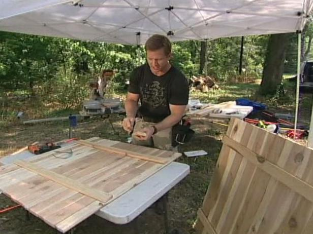 DIY two-side air conditioner unit cover (via www.diynetwork.com)