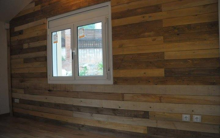 DIY paneling walls with pallet wood (via www.101palletideas.com)
