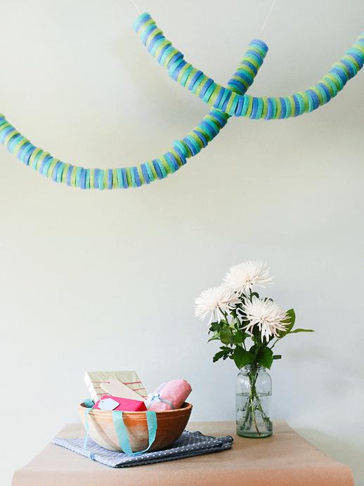 DIY pool noodle garland (via sugarandcloth.com)