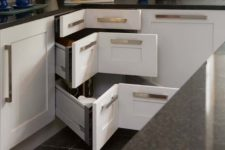 04 corner drawers will give you maximum of the space inside