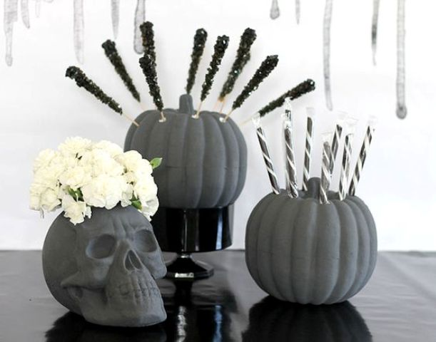 grey chalk painted pumpkins and a skull for those who got tired of black