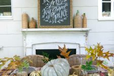 09 traditional table with plaid textiles, leaves, pumpkins and printed chargers