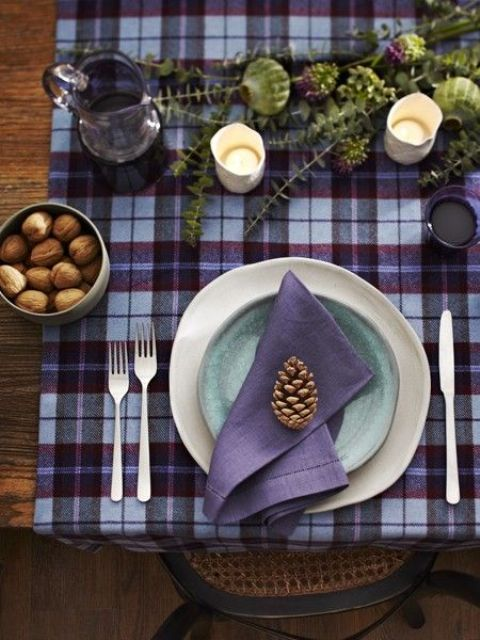 purple plaid place mats for fall and Thanksgiving