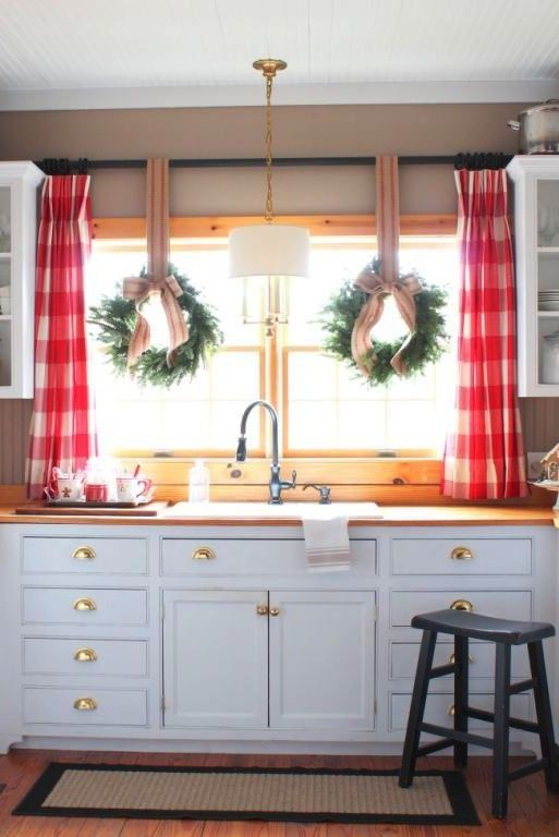 3 kitchen window treatment types and 23 ideas shelterness for Kitchen window curtains