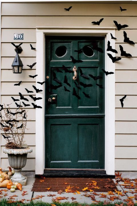 extend a cloud of bats across the front porch and into the entryway for an even bigger statement