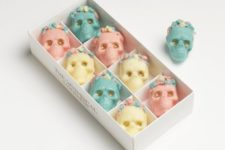 17 pastel chocolate skull candies as favors