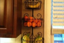 18 a garden wlal planter for fruit storage on the wall