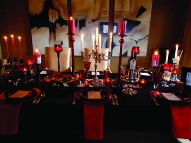 vampire-inspired black and red Halloween table