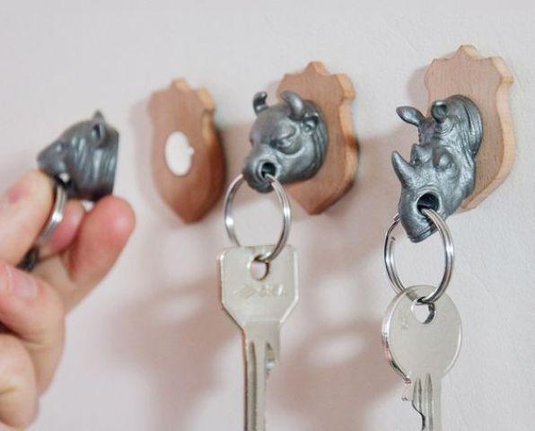useful animal head key holders