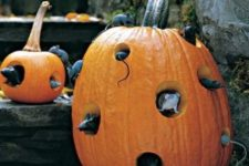 23 Halloween mouse hotel is a fun idea, everybody will like it
