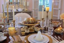 27 vintage gold and white table with pumpkins, candles and neutral placemats