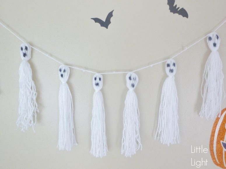 DIY ghost tassel garland (via www.littlelightdesigncollective.com)