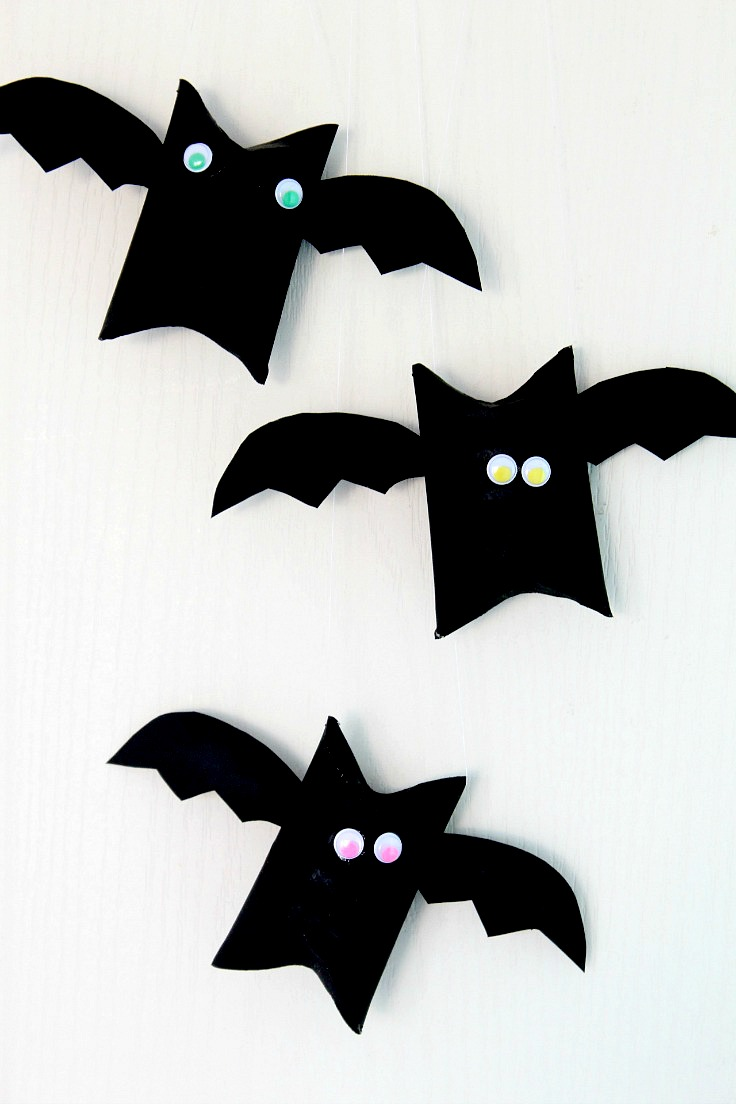 diy toilet paper rolls turned into bats via theseamanmomcom - Bat Halloween Decorations